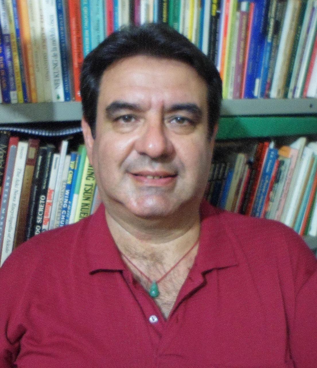 Gilberto Antônio Silva, professor